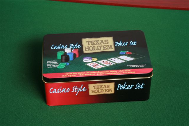 Casino style Texas Hold'em Poker set 200 žetonů + plátno + karty