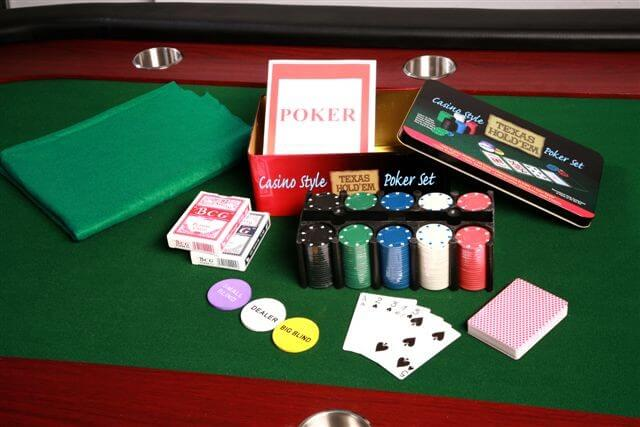 texas hold em casino style poker set